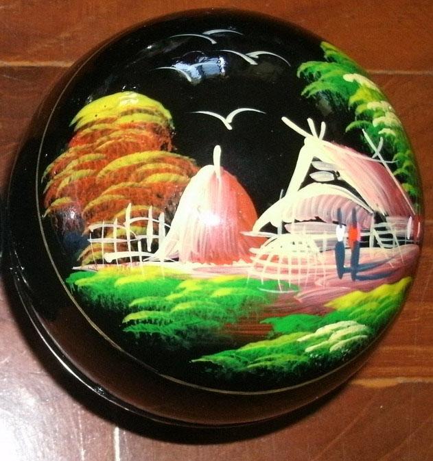Wood Round Box paint - R26