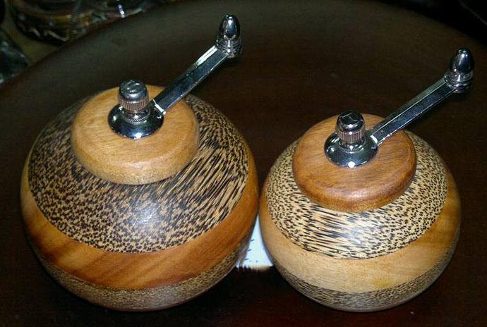 Wood dressing bottle-3187