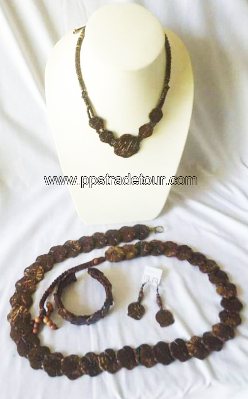 coconut shell bead necklace-5843