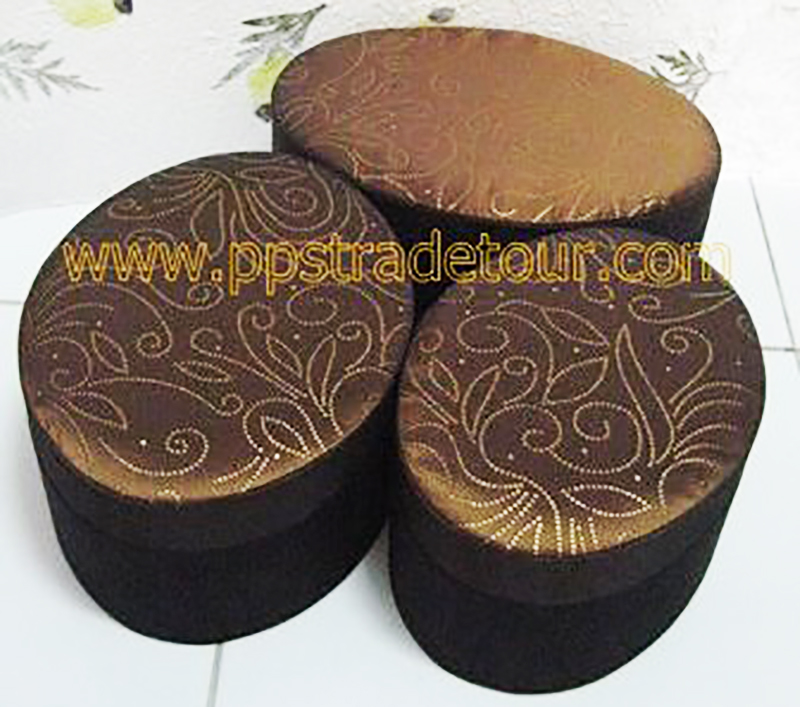Oval Silk Box_2123