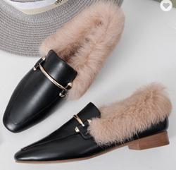 lady flat shoe