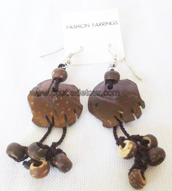 Coconut shell earring-5826