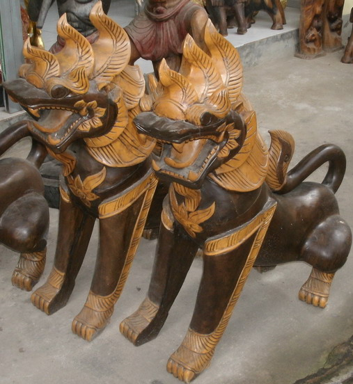 Wood Lion C4495-11
