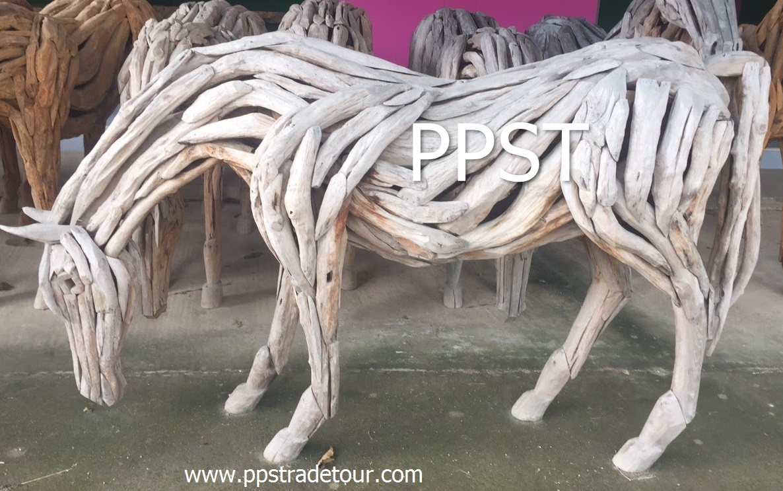 Driftwood Head Horse 31