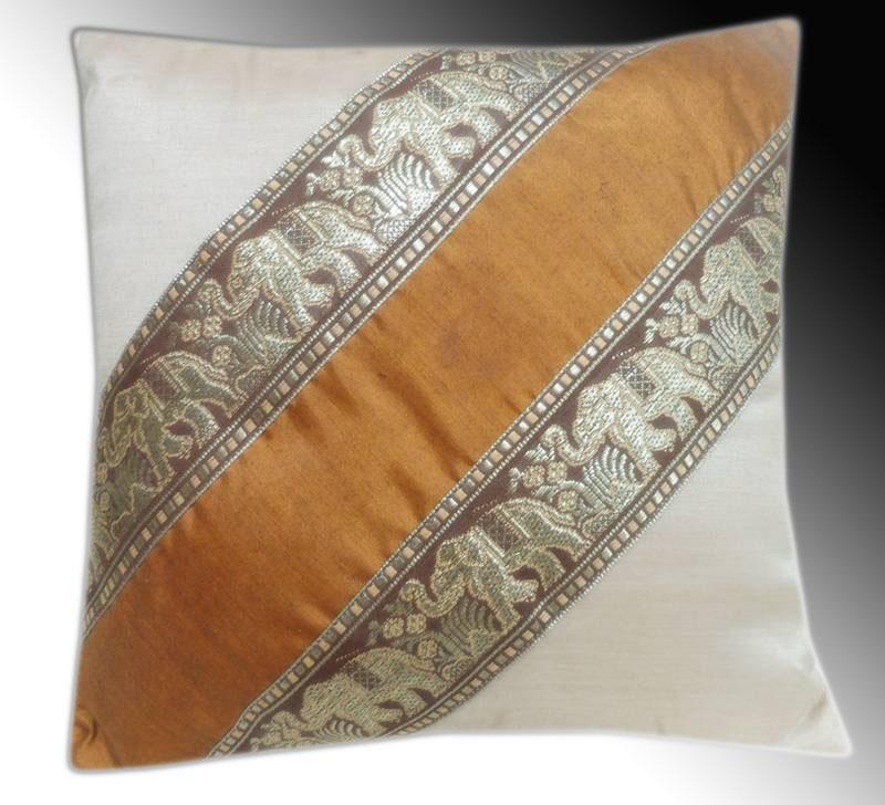 Cushion cover -Brown-white