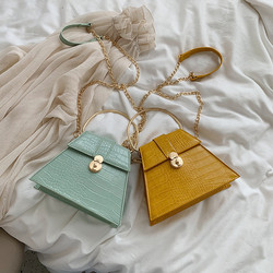 2020 New Model Summer Fashion Lady Chain Shoulder Messenger All-match Tote Stone Pattern Small Woman