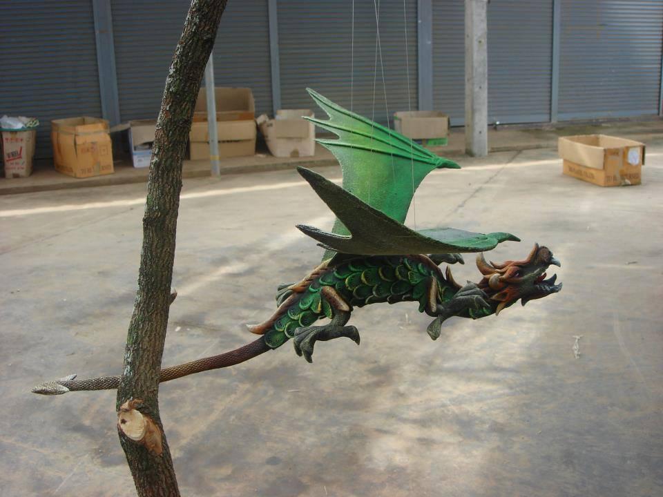 sawdust fly dragon1