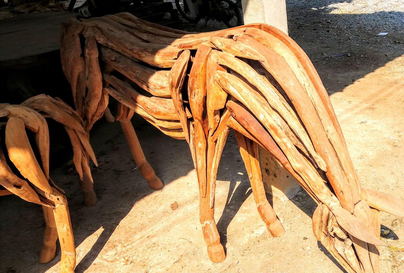 DriftwoodHorse256