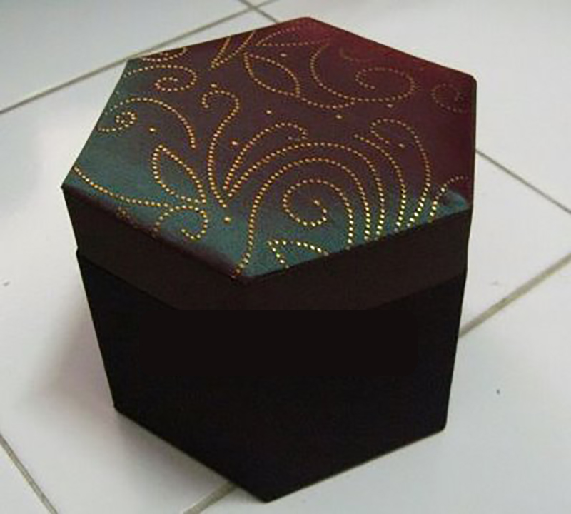 Hexagon Silk Box 11