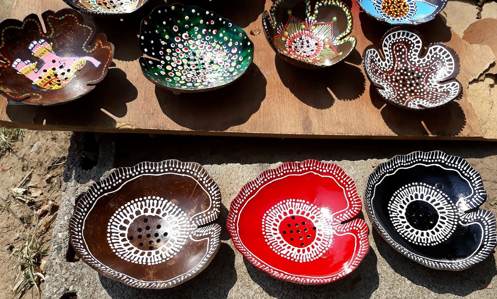 Coconut Shell Soap Tray-Painted