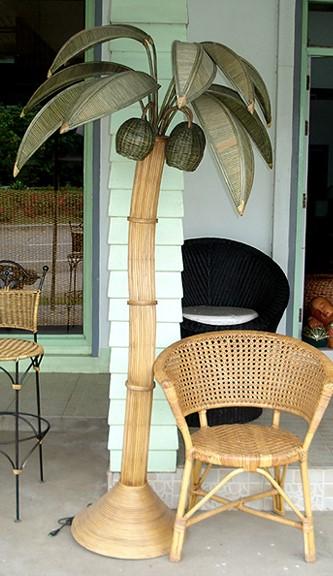 Rattan Palm Tree Lamp