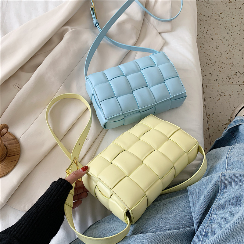 Wholesale Hot Selling Ladies Crossbody Hand Bag New Designer Popular Purse All-Match Weave Hand Bag