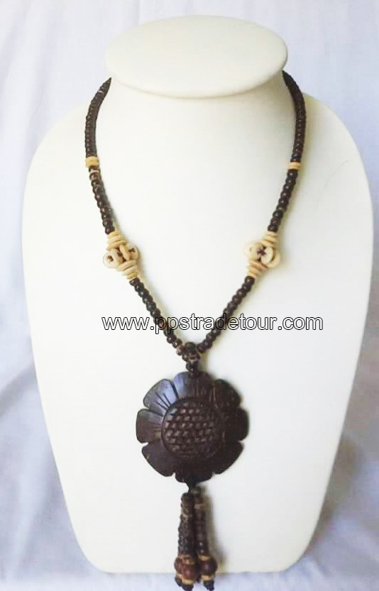 coconut necklace-5832