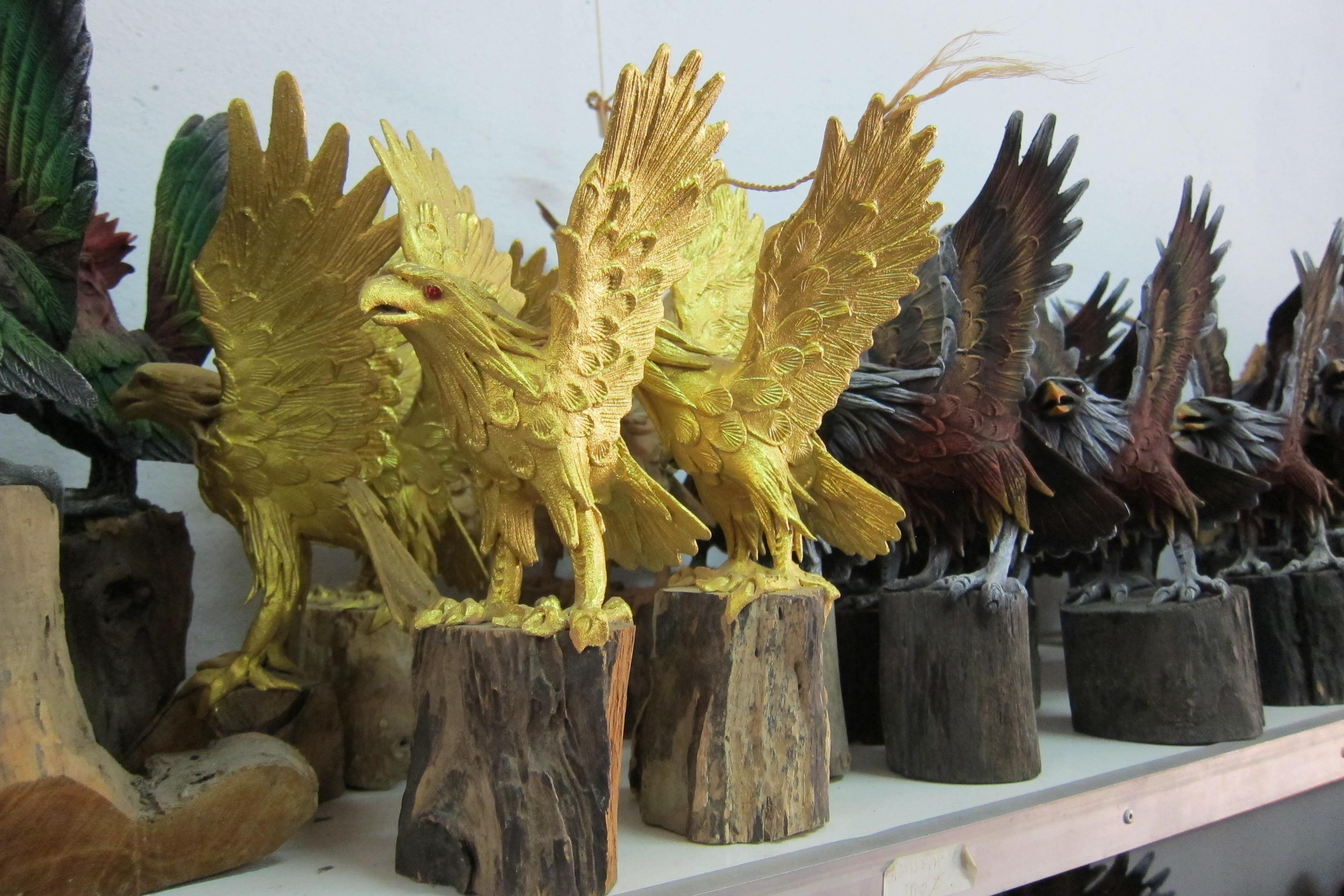 Eagle Figurine-IMG_2986