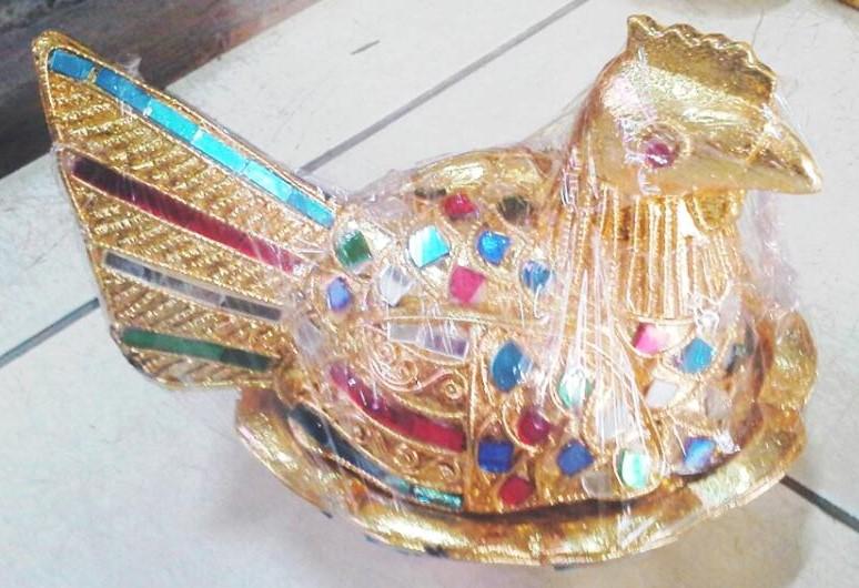 Decorative Hens