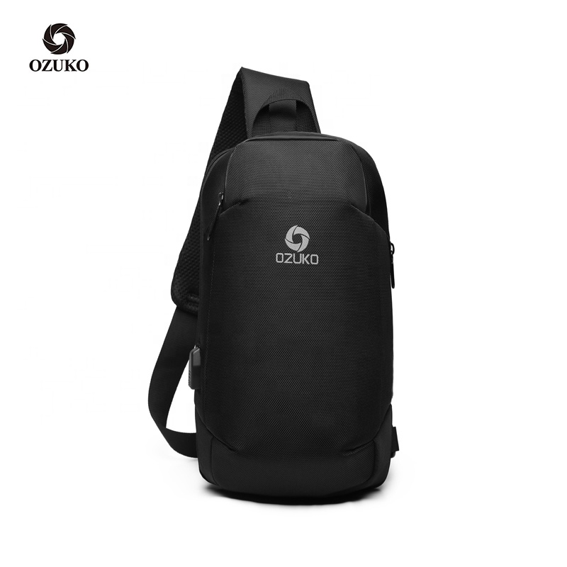 2020 New Man Wholesale Waterproof Mini Messenger Korean Oem Usb Sling Bag For Men