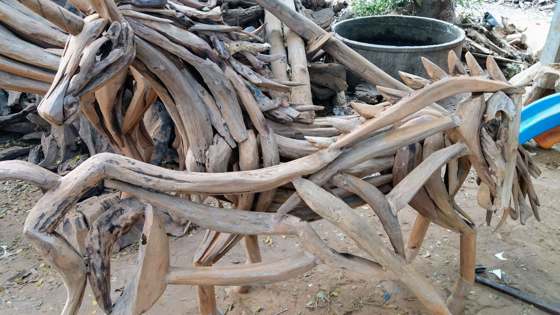DriftwoodHorse916