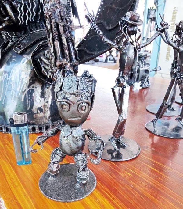Recycle Metal Robot-10