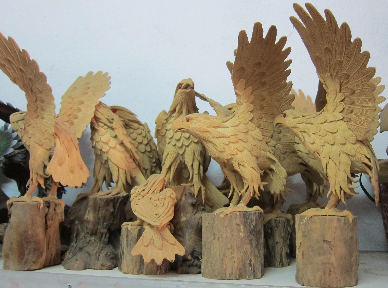 Eagle Figurine-IMG_2984