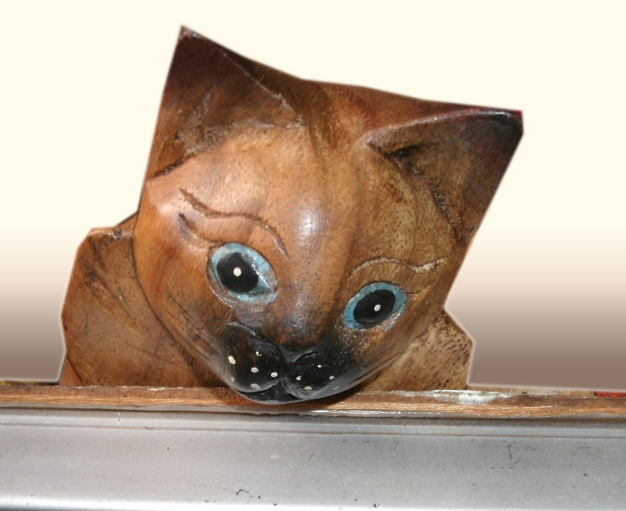 Wood cat figurine