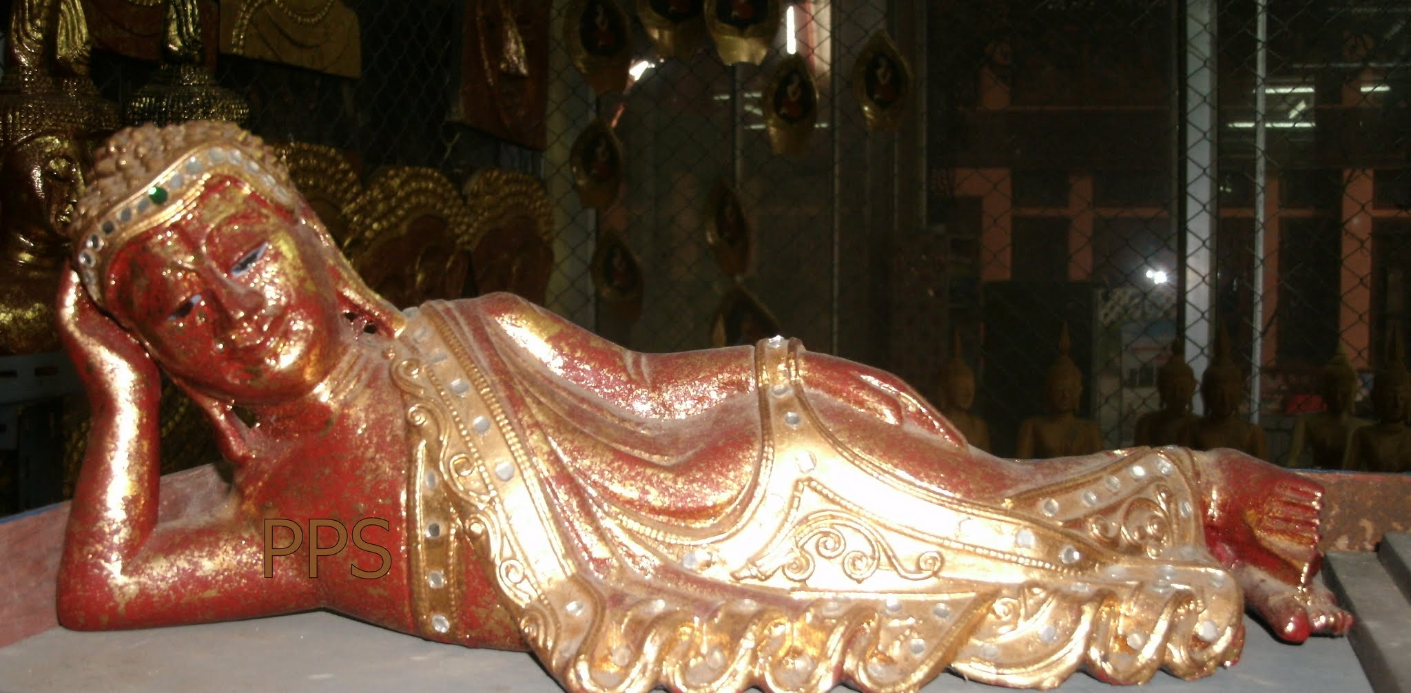 Wood Recline Buddha C4471
