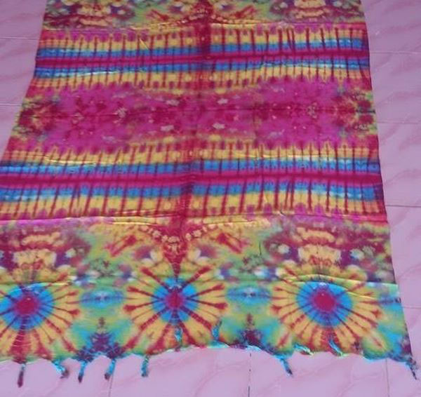 Tiedyed-shawl (2)