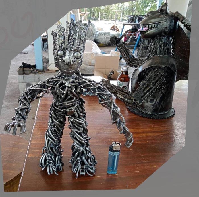 Recycle Metal Robot-13