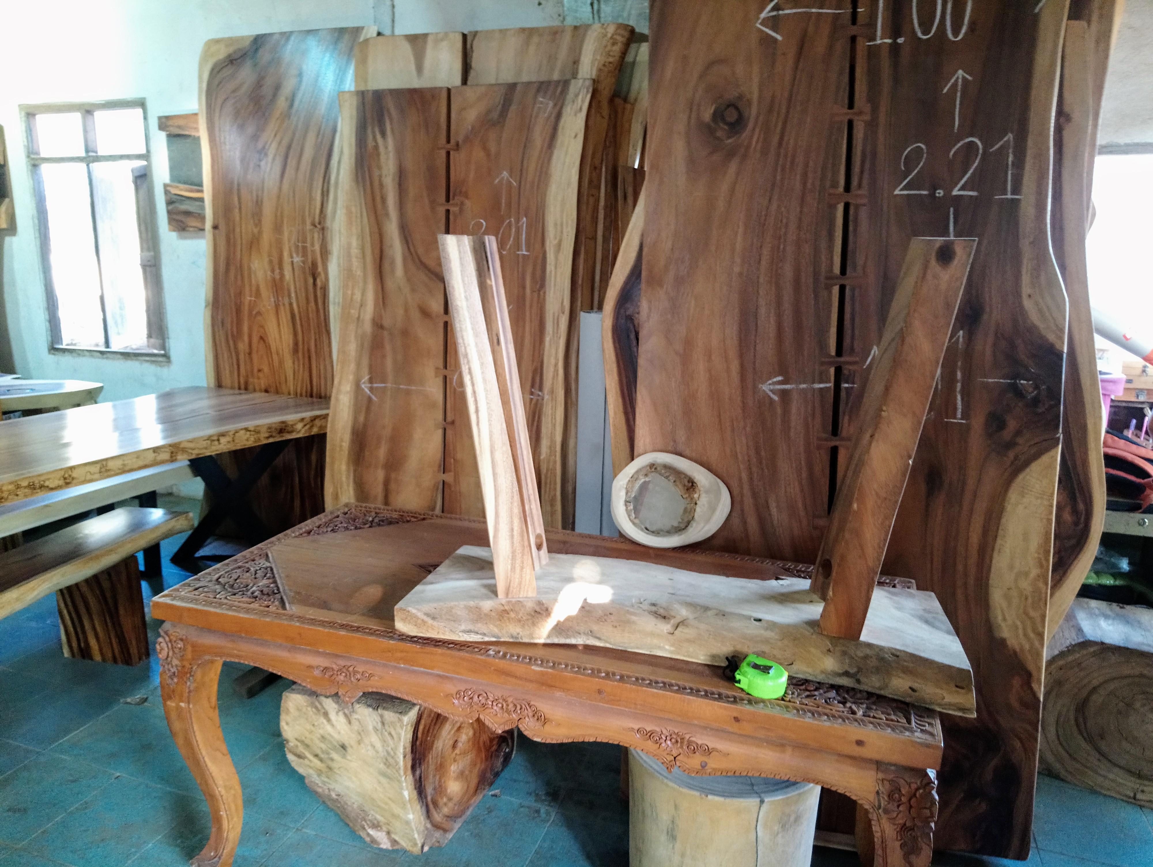 Large Rain Tree Wood Table_1598