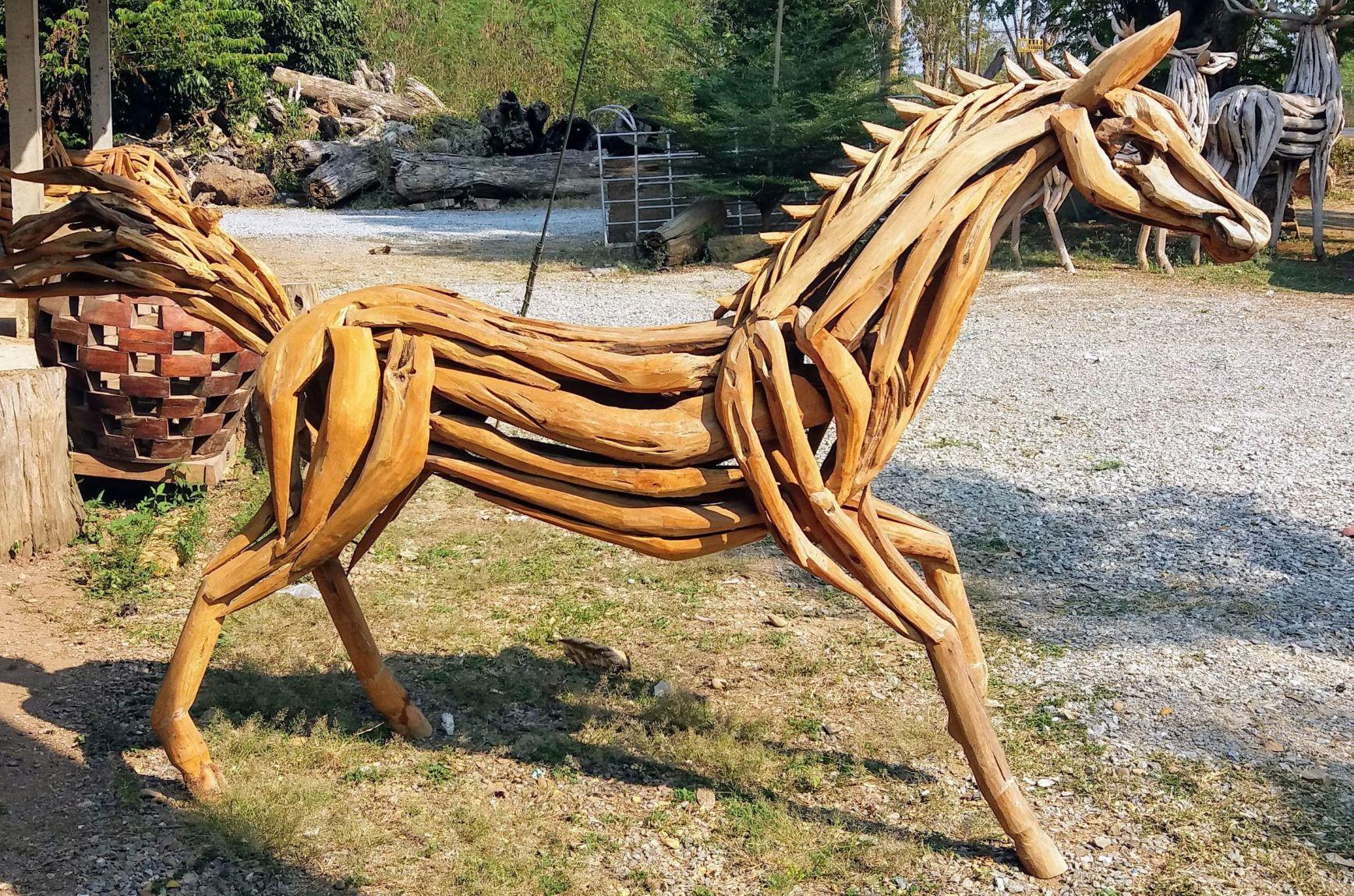DriftwoodHorse404