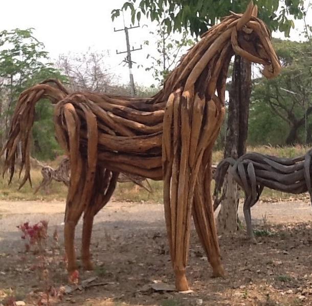 Driftwood Head Horse 35