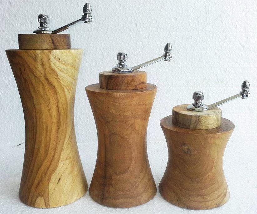 Wood dressing bottle-3189