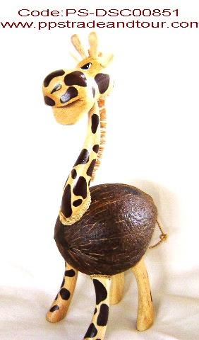 coconut shell saving doll- Giraffe