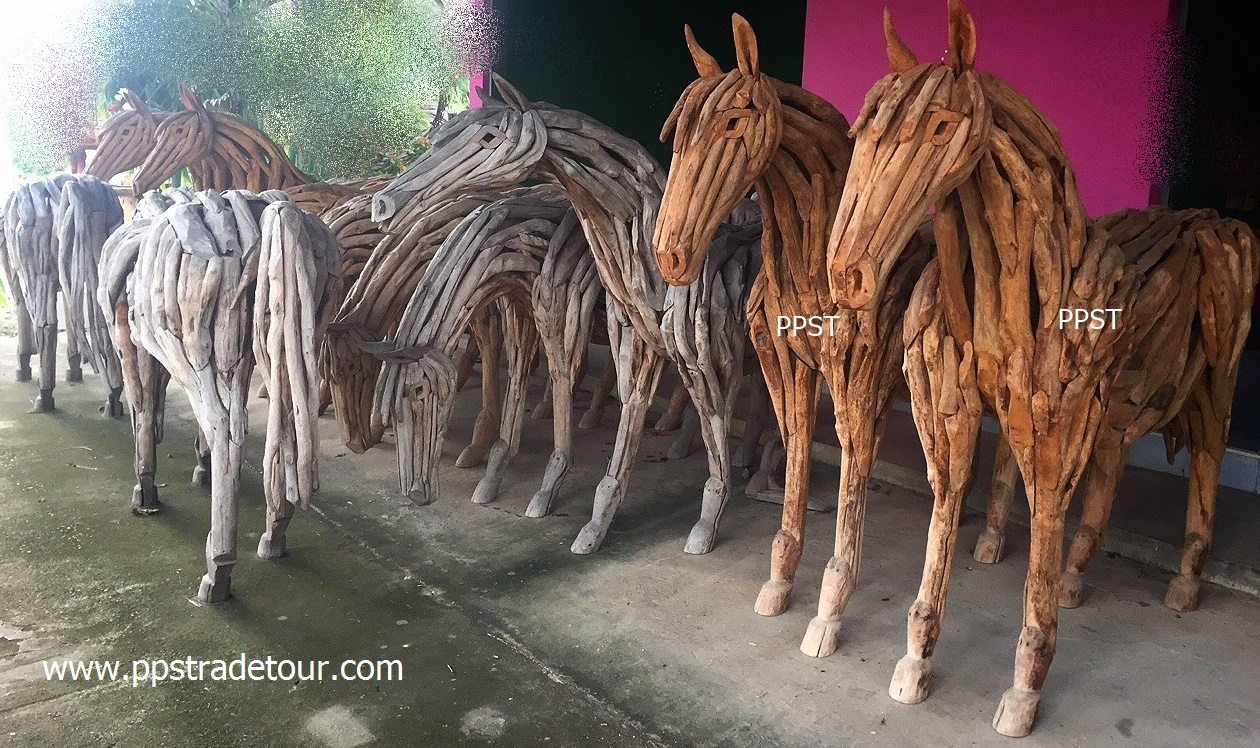 Driftwood Head Horse 29