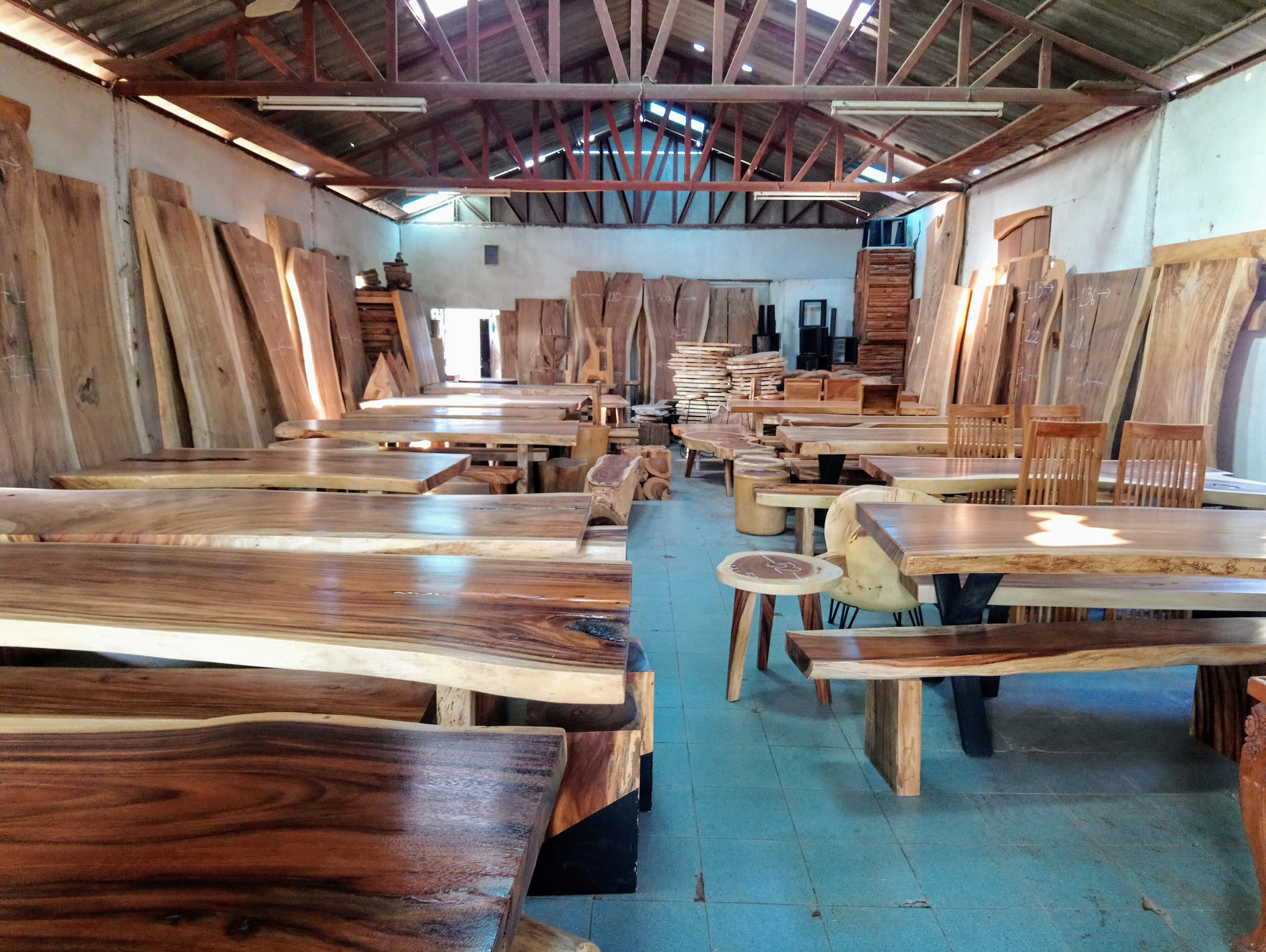 Large Rain Tree Wood Table _1603