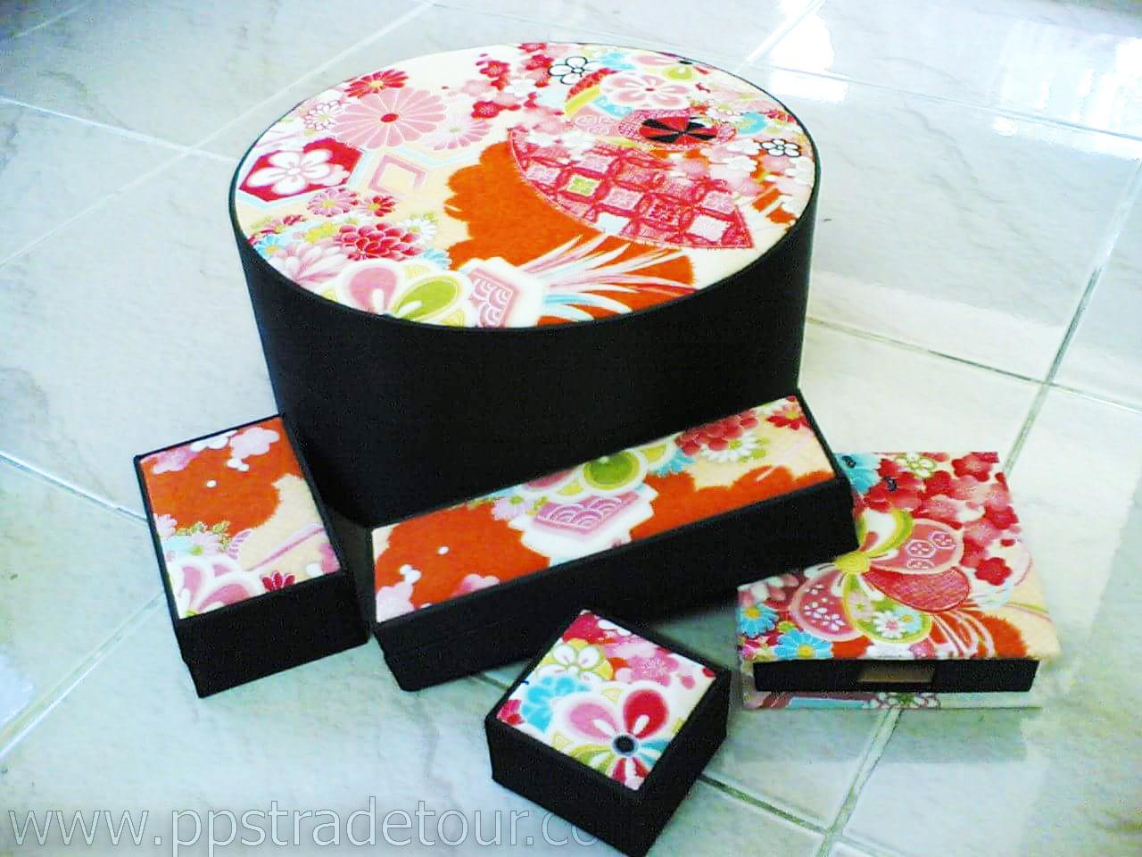 Round Fabric Box-93