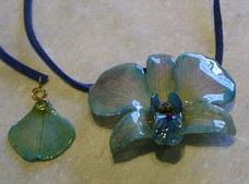 Orchid Pendant - SM-17