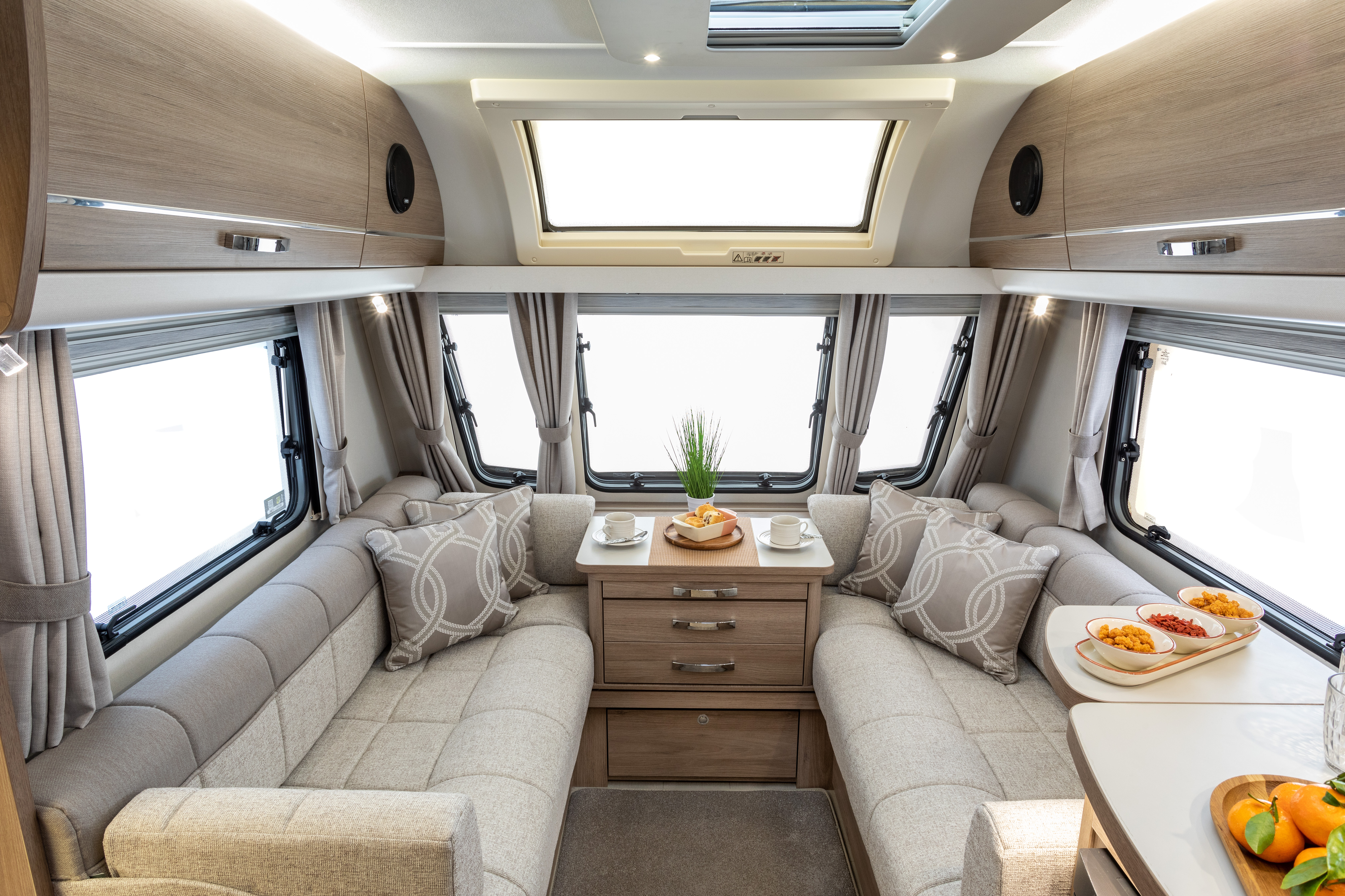 CAPIRO 550 Lounge