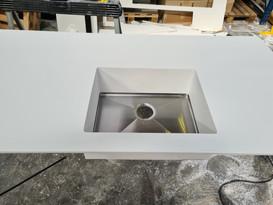 Massiv kerrock vask med stålbud 400x500x180mm
