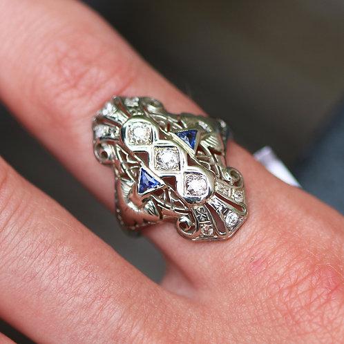 Antique Art Deco 18 K White Gold Diamond Ring