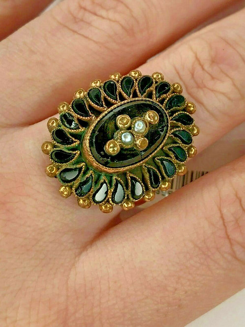 Antique Victorian Onyx & Natural Pearl 18 Karat Yellow Gold Ring.