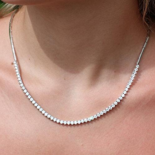 18 K White Gold Natural Diamond Necklace