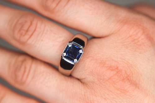 Men's 18K White Gold Blue Sapphire Ring - Classic Dark Blue