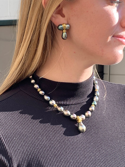 18kt Tahitian Pearl Necklace and Earrings w/ Diamonds