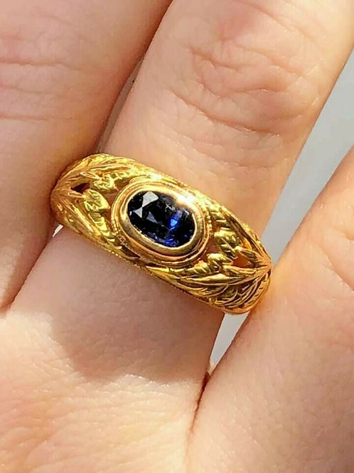18 K Green & Yellow Gold Dark Sapphire Vintage Floral Leaf Ring