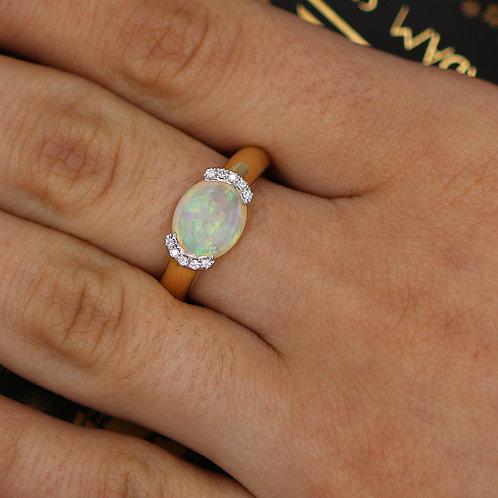 14 K Yellow Gold Oval Opal & Diamond Ring