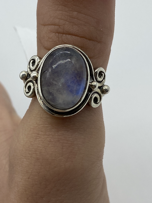 Sterling Silver Vintage Moonstone Ring