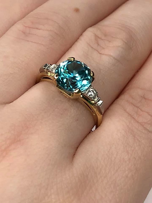 14 K Yellow Gold & Platinum Ring w/ Blue Zircon w/ Diamonds