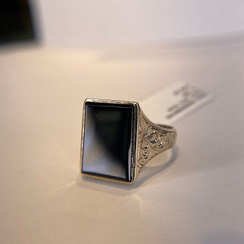 10 K White Gold Hand-Engraved Black Onyx Ring