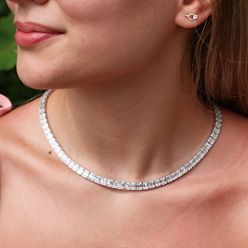 18 K White Gold 15.53 Carat Weight Diamond Necklace
