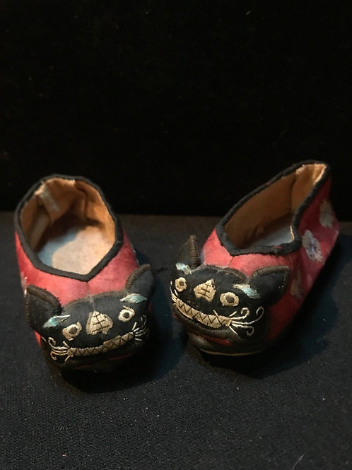 19th Century Antique Chinese Silk Embroidered Children Shoes/Slippers